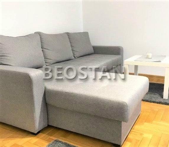 Novi Beograd-Stanovi